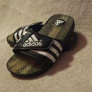 Adidasage sandals